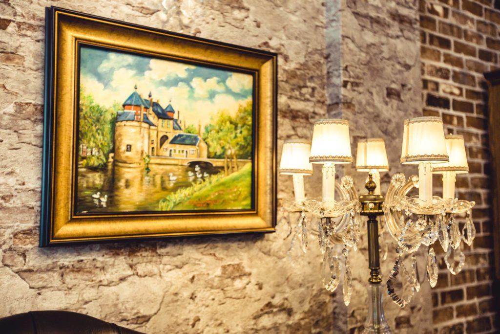Knight Antique & Studio สตูดิโอให้เช่าถ่ายภาพสไตล์คลาสสิก